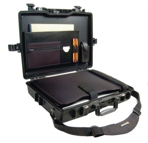 Peli 1495CC1 Laptop Case